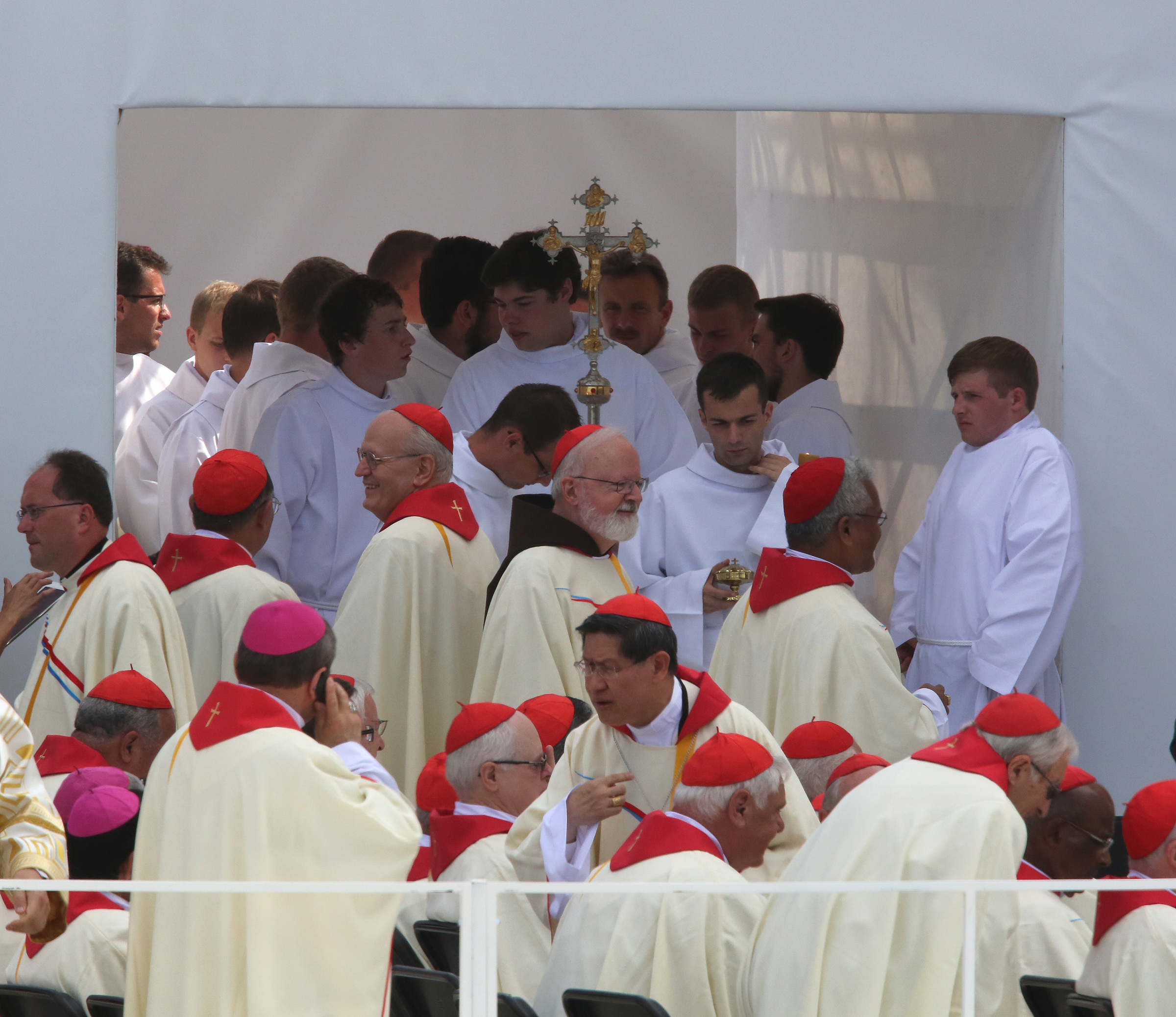 Bishops awaits Pope's arrival
