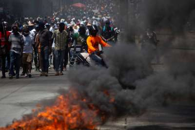 Police fire tear gas into Haitian bishops' Mass for freedom