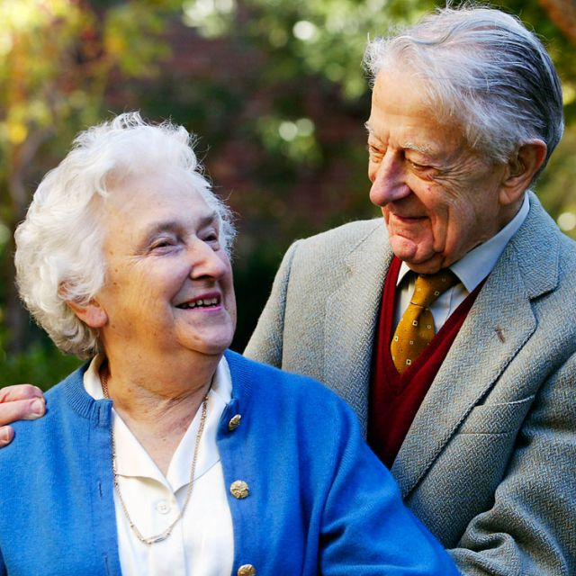 Drs. Evelyn and John Billings are pictured in the garden of their home in Melbourne, Australia, in this 2004 file photo. Evelyn Billings, who with her husband pioneered a revolutionary church-backed method for couples to avoid or achieve conception, died February 16 after a short illness.
