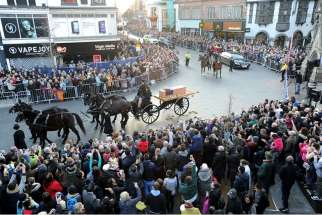 During the reinterment ceremony of King Richard III, the coffin goes around the center of Leicester. Here, the funeral procession goes past the Clocktower.