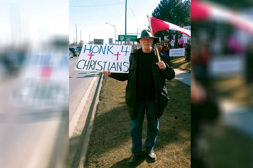 Pakistani Christians and their supporters held a two-hour peaceful demonstration outside the Pakistani Consulate north of Toronto March 20.