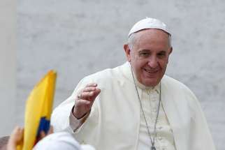 Pope Francis to bishops: Guard the faith, build hope, love sinners as they are