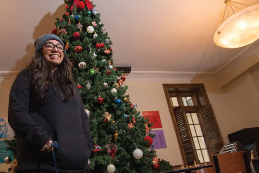 Homeless Youth Given A Taste Of The Season At The Covenant House