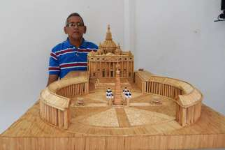 A Colombian teacherAlberto Antonio Cruz Serna has built a replica of St. Peter's Square out of 36,000 toothpicks.