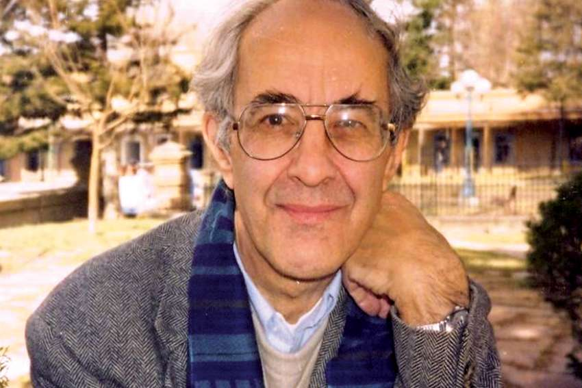 Henri Nouwen believed in quiet time to fully open yourself to listening for God.