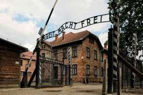 Pope will pray, not speak, on Auschwitz visit