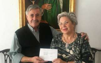 Amaro Pesquero and Josefa Rodríguez gave money for persecuted Christians in the Middle East and Pope Francis wrote them back.