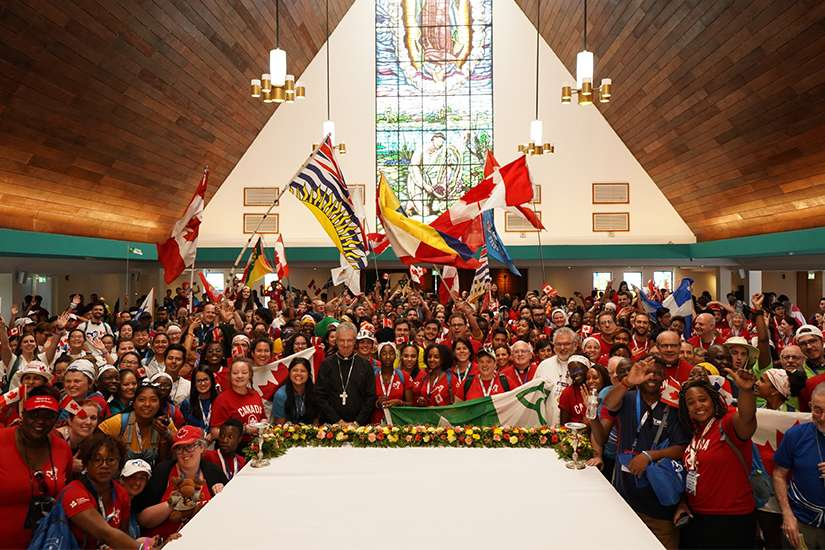 The gathering ended with WYD Canada leaders teaching the group some Canadian cheers to share with other international pilgrims Jan. 22, 2019.