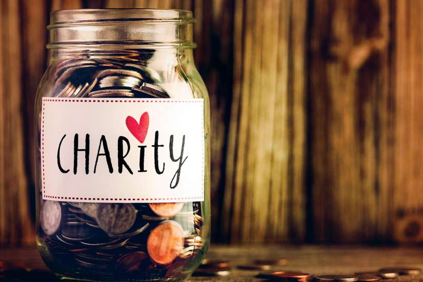 Experts expect Canadians to donate billions of dollars to charity during the Christmas season.