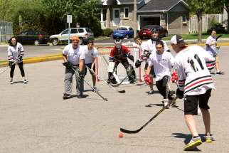 The Archdiocese of Montreal's youth ministry hosted a ball hockey tournament on May 23 to foster connections among youth groups across the diocese.