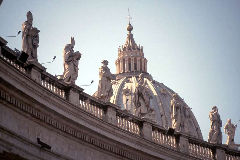 Suspects arrested in alleged plot against Vatican, Israeli embassy