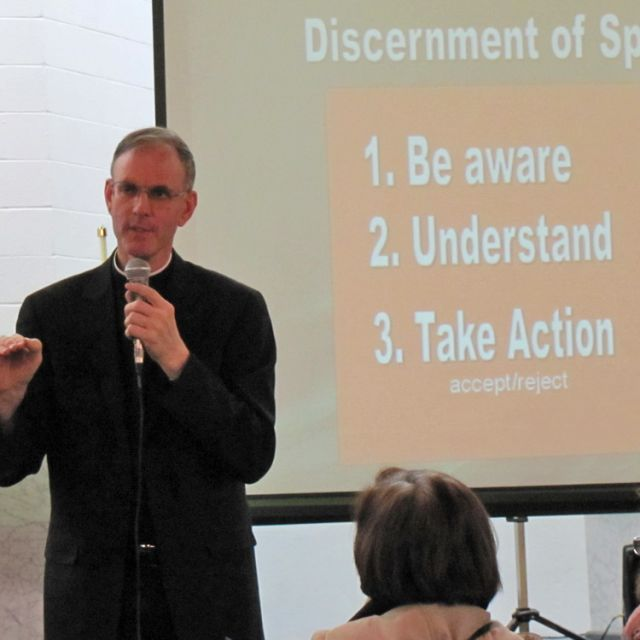 Fr. Timothy Gallagher discussed the 14 rules of St. Ignatius at a two-day retreat in Toronto.