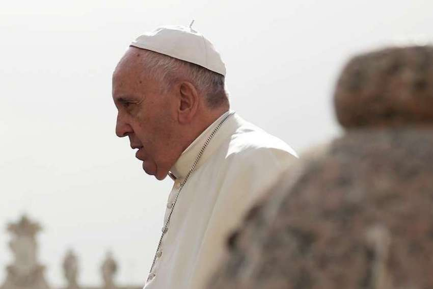 In a letter sent to bishops around the world, one of his first in 2017, Pope Francis renews 'zero tolerance' policy on abuse.