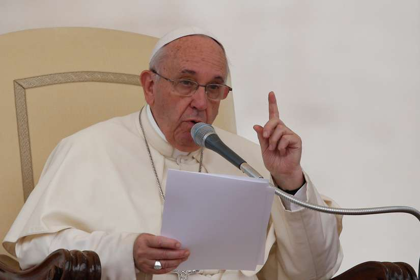 Doctrine, pastoral realities are not at odds, pope tells theologians