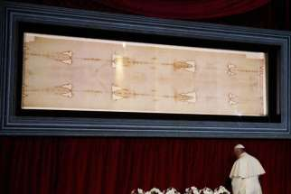 Pope Francis visits the Shroud of Turin in the Cathedral of St. John the Baptist in Turin, Italy, June 21.