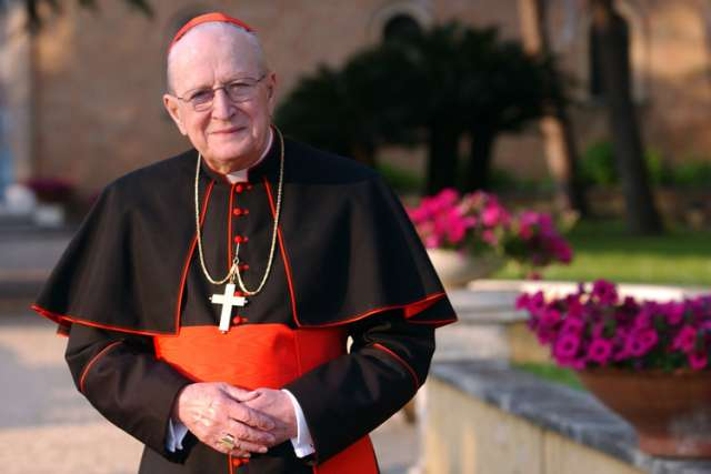 U.S. Cardinal Edmund C. Szoka, pictured in a 2004 photo, died Aug. 20 at age 86 at Providence Park Hospital in Novi, Mich. Cardinal Szoka was archbishop of Detroit from 1981 until 1990, when he was brought to the Vatican to oversee the city state's gover nment under St. John Paul II and Pope Benedict XVI. He retired in 2006.
