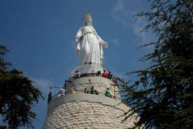 In Lebanon, Muslims and Christians visit Marian shrine at Harissa