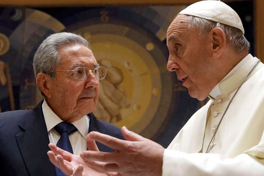 In response to Pope Francis' clemency call during the Year of Mercy, Cuba is pardoning 787 prisoners.
