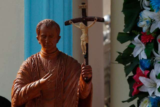 A statue of St. Joseph Vaz at the Sanctuary of Our Lady of the Rosary in Madhu, Sri Lanka.