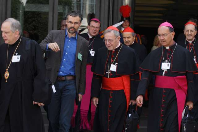 On sexual and medical ethics, synod fathers speak of 'graduality'