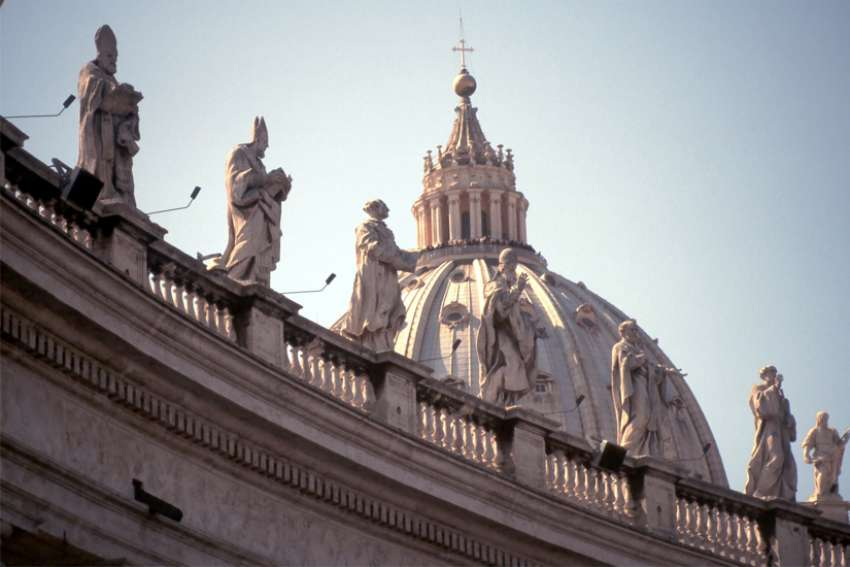 New book claims Vatican close to financial ruin