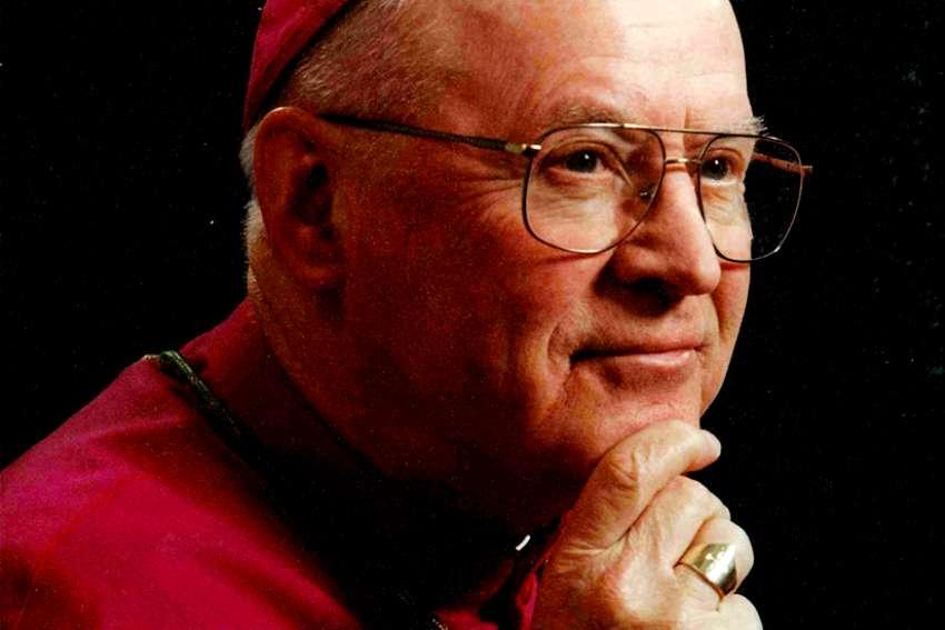 Bishop John Sherlock, former head of London diocese, dies at 93