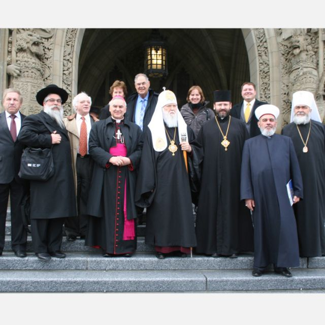 The Ukrainian delegation who met with Prime Minister Stephen Harper included Major Archbishop Sviatoslav Shevchuk, the primate of the Ukrainian Greek Catholic Church, the Chief Rabbi of Kiev and Ukraine, Rabbi Jacob Dov Bleich, the heads of the three Orthodox churches in Ukraine, leaders from evangelical and Adventist religious communities and the Muslim Mufti of Ukraine.