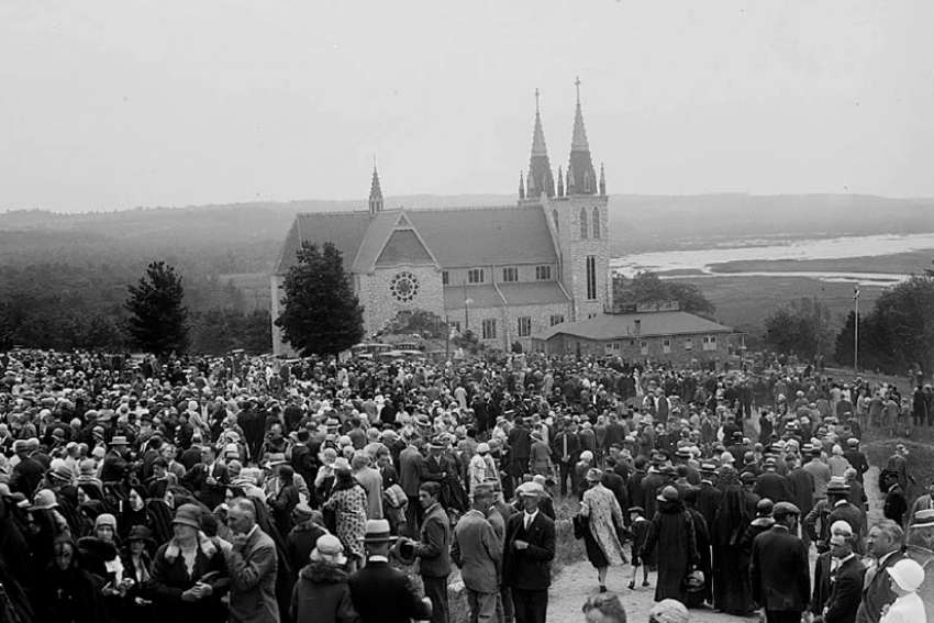 Thousands came to Midland, Ont., to honour Canada's martyrs on June 29, 1930, the day they were made saints.