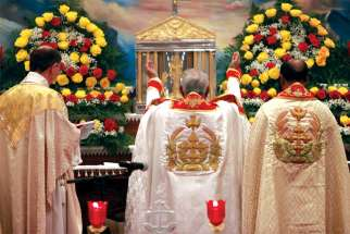 Eastern Catholic Churches have maintained the practice of the priest and congregation facing the altar together.