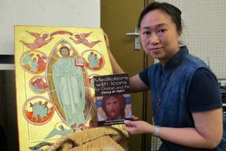 Cindy Ng, a former schoolteacher, says the Orthodox Church is very accepting of female painters.