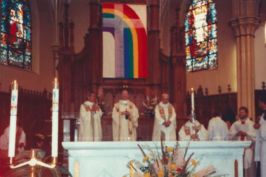 Photograph of Cardinal Bernardin presiding over Mass in 1991 at Resurrection Parish.
