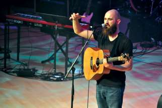 Joe Zambon gave the crowd some tips on how to praise and worship at last year's Steubenville Toronto conference in Roy Thomson Hall.