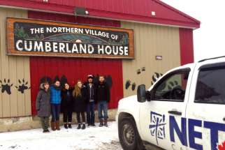 NET missionaries at Cumberland House, a Cree and Métis community in northeastern Saskatchewan. Six young people are currently volunteering with National Evangelization Teams Canada in Keewatin-Le Pas.