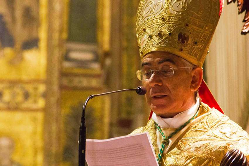 Archbishop Michele Pennisi of Monreale announced that known members of the mafia cannot be godfathers for sacraments of baptism or confirmation.
