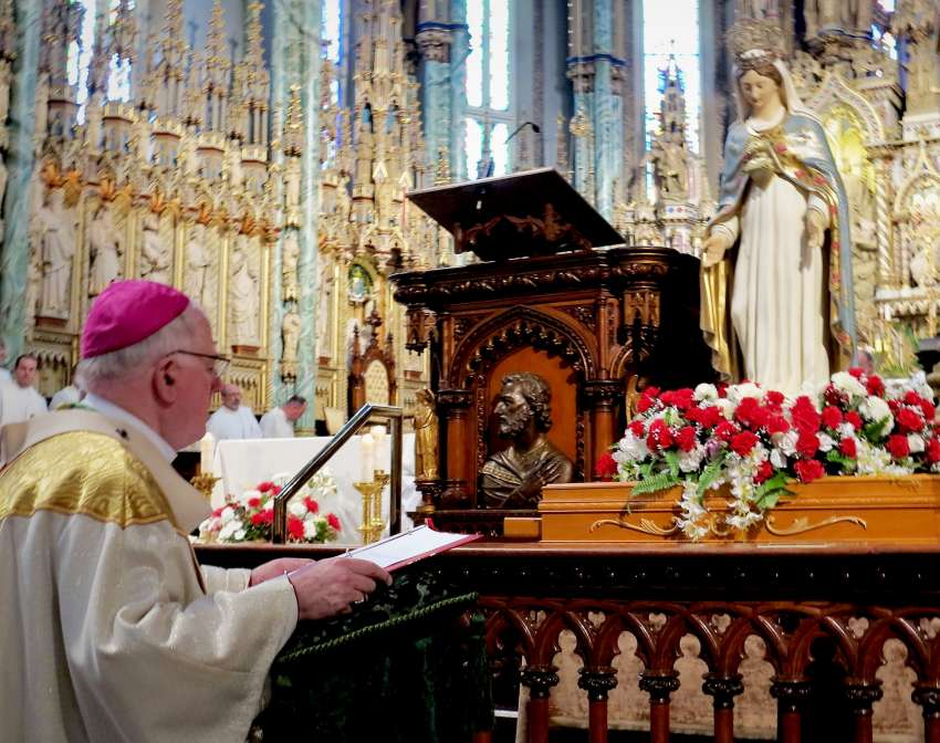 Archbishop Terrence Prendergast consecrates his Ottawa diocese to the Immaculate Heart of Mary on July 1.