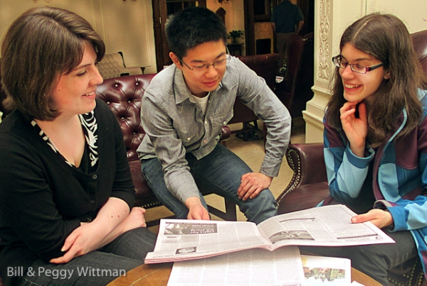 Stephanie Kelly, Jeremy Keong and Annette Gagliano work together during a photography workshop given by Bill Wittman at the annual Youth Speak News retreat.