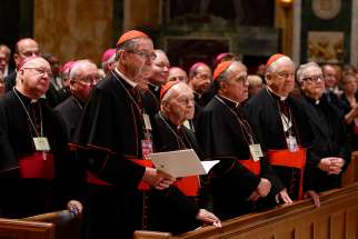 Pope Francis' meets with U.S. bishops in the Cathedral of St. Matthew the Apostle in Washington Sept. 23, 2015.