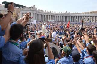 More than 3.2 million pilgrims visited and attended papal events, liturgies or prayer services at the Vatican in 2015, the Vatican said.